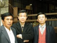 村上先生(写真の中央)
